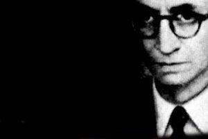 César Dávila Andrade, un poeta siemprevivo