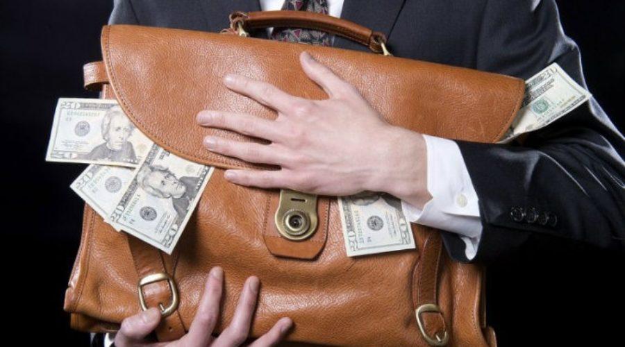 Millonarios y evasores de impuestos