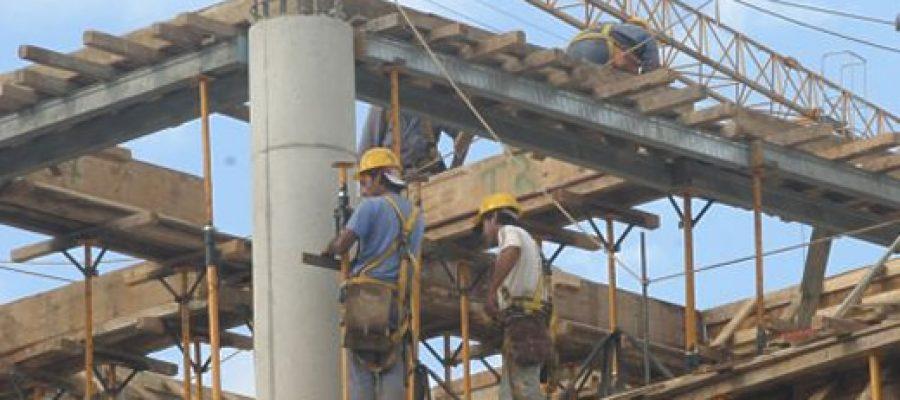¿Empieza la precarización y flexibilización del trabajo en Ecuador?