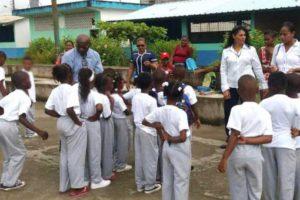Mataje: la educación construye la paz