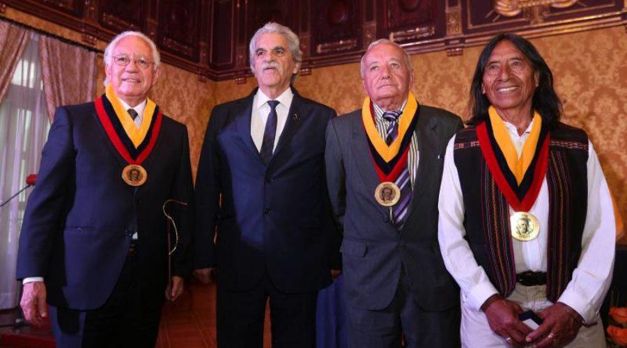 Premio Nacional Eugenio Espejo: tres grandes ecuatorianos.