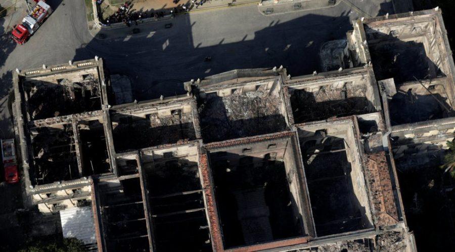 Tras los escombros de un patrimonio invalorable
