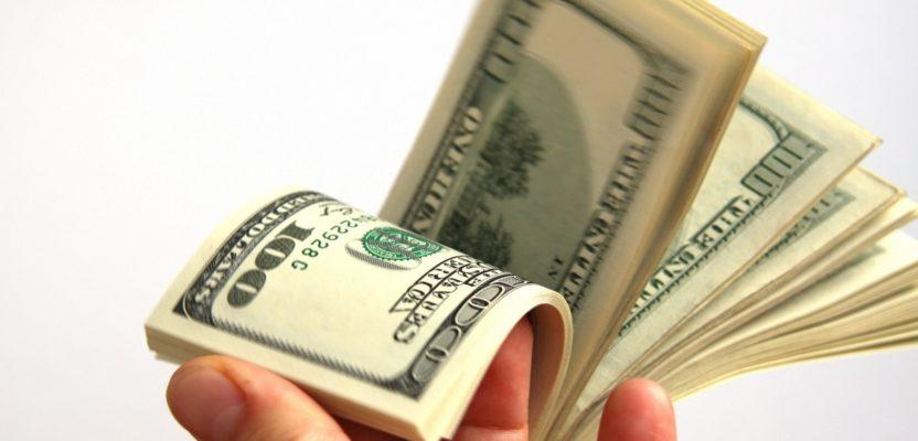 Renta básica para ciudadanos y renta máxima para ricos