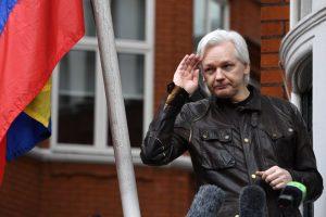 Julian Assange, un problema sin solución oficial