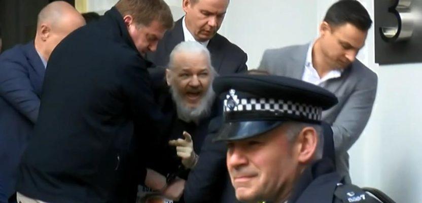 Julian Assange arrestado en Londres