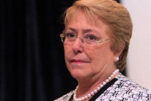 Es la hija del General Bachelet. Nada más.