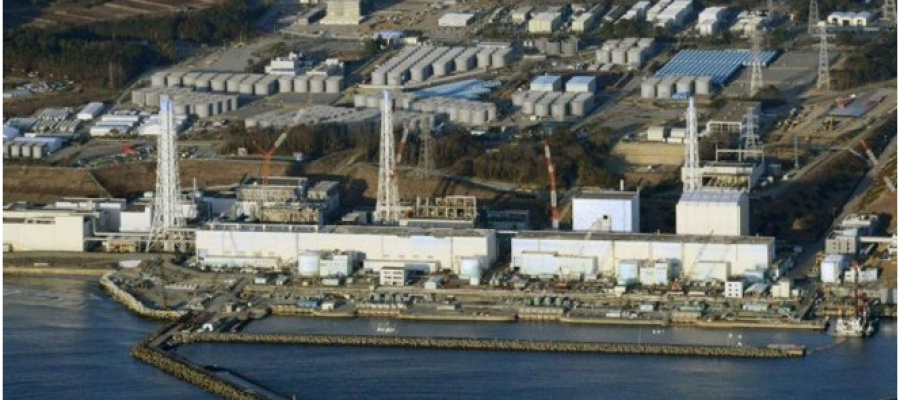 Japón decide botar aguas radioactivas al mar
