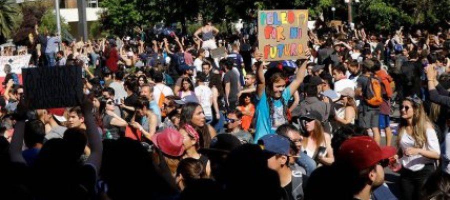 CHILE: Los cabildos un germen de poder popular.