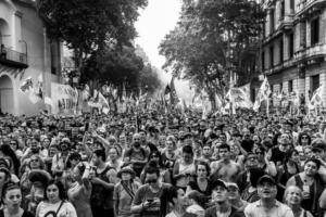 La plaza del pueblo saludó al presidente argentino