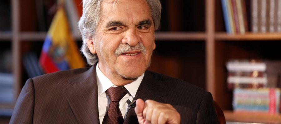 Raúl Pérez Torres, mejor escritor que ministro.