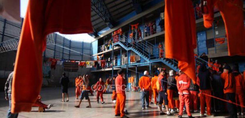 Cárceles: centros de contaminación viral.