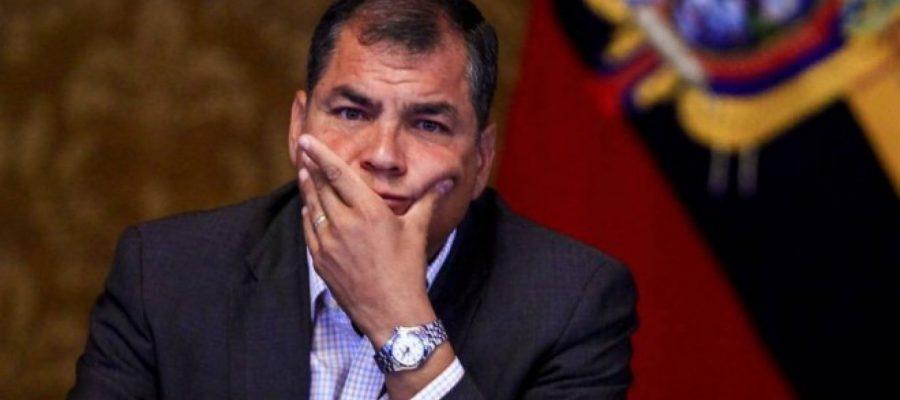 Rafael Correa en el suspenso político