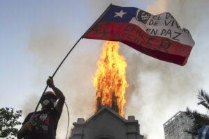 Chile, por la razón o la fuerza