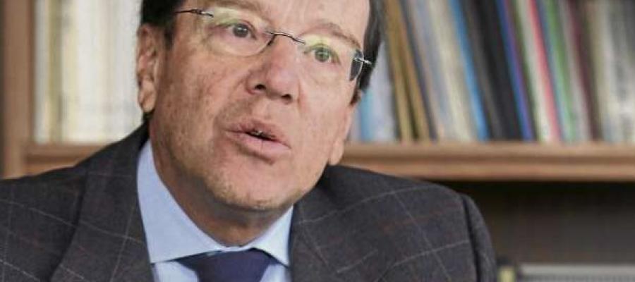 Oswaldo Hurtado, ¿último paladín de la decadencia política?